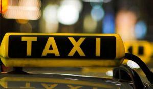 Taksista kamenom u glavu pogodio komunalnog policajca