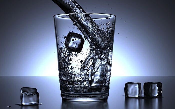 Gazirana voda jednako zdrava kao i obična