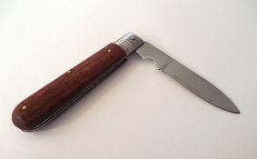 Maloletnik uz pretnju nožem pokušao da opljačka prodavnicu u Čereviću