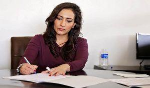 Žena između rodne uloge i profesije
