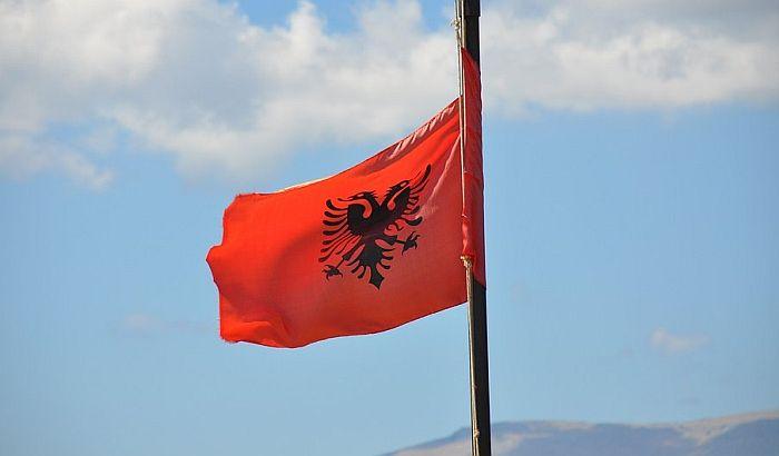 Albanski premijer traži od Evrope da ubedi opoziciju da izađe na izbore