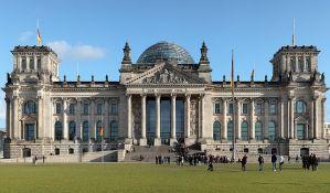 Nemci ljuti jer Rusi prave kopiju Rajhstaga za decu