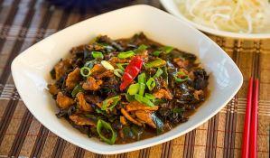 FOTO: Najbolje kineske specijalitete prave mladi novosadski kuvari