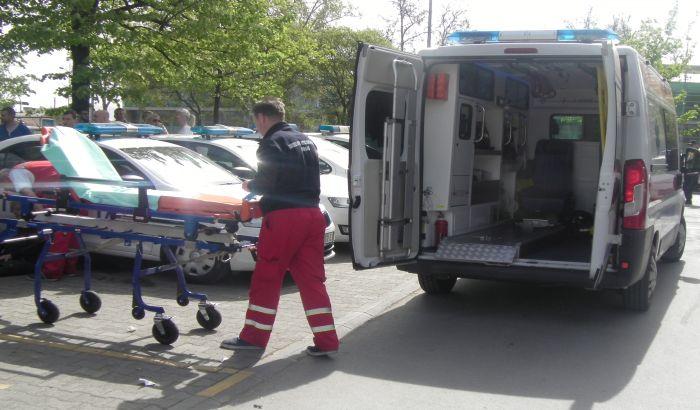 Troje povređeno u sudaru na Adicama