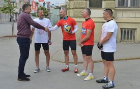 Novosadski biciklisti krenuli u humanitarnu vožnju ka Umagu