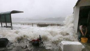 VIDEO: Tajfun pogodio Hong Kong, najmanje 12 mrtvih