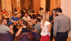 Language club u ponedeljak u Radio kafeu