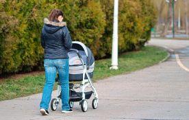 Protestna šetnja trudnica i porodilja danas u Beogradu