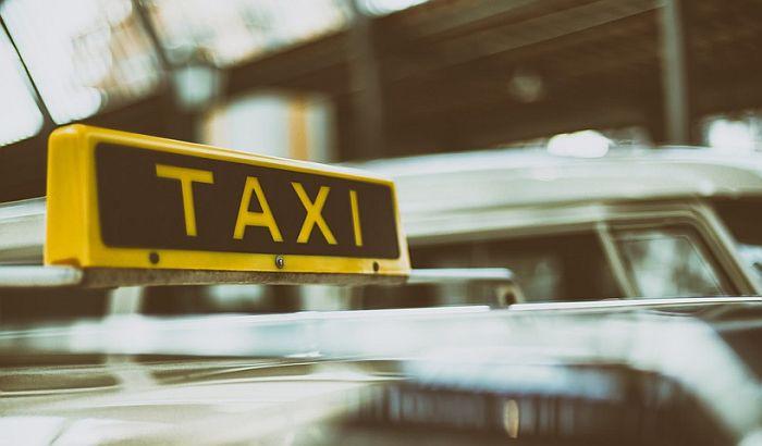 Grad dao dva miliona za studiju o taksi prevozu koju ne koristi