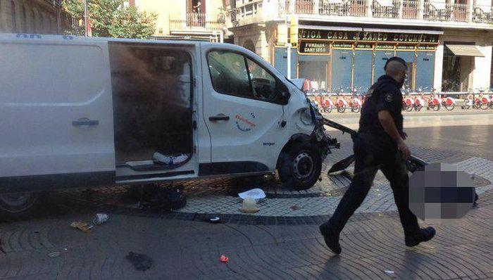 Ubijen napadač koji je kombijem usmrtio ljude u Barseloni