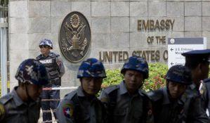 Lažna uzbuna zbog vežbe sa suzavcem u ambasadi SAD