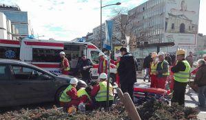 Muškarac teško povređen u udesu kod Glavne pošte