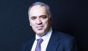 Kasparov se vraća iz penzije