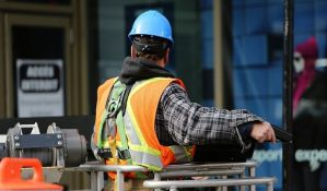 Vulin: Gazde prijavljuju, pa otpuštaju i na crno zapošljavaju radnike