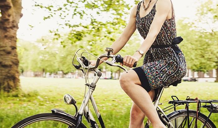 Biciklisti vožnjom i performansom obeležavaju Dan bez automobila u Novom Sadu