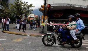Stanovnici Karakasa blokiraju ulice
