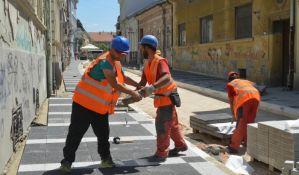 FOTO: Asfaltiranje prvog dela Miletićeve do kraja jula
