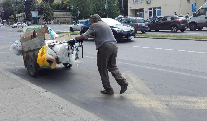 U Srbiji raste siromaštvo, stanje se zvanično ulepšava uz