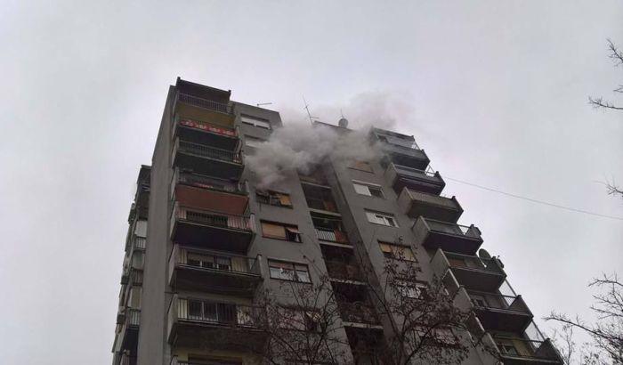 FOTO: Požar u stanu na Detelinari
