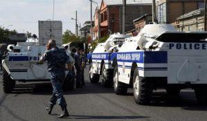 Jerevan: Ekipu Hitne pomoći uzeli za taoce