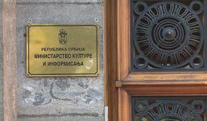Tasovac tvrdi da su medijski konkursi bili besprekorni, udruženja protestuju