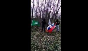 Sipa će istražiti paljenje zastave Srbije u BiH