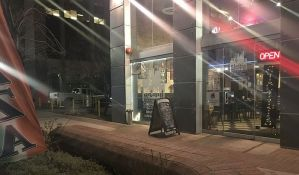 Kazne za parkiranje opraštali za besplatne pice