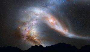 FOTO:  Napravljena spektakularna fotografija krivudanja svetlosti kroz svemir