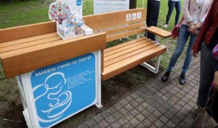 Postavljena prva klupa za dojenje na Štrandu