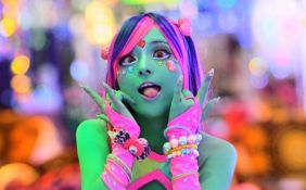 Sve popularniji japanski trend - farbanje tela