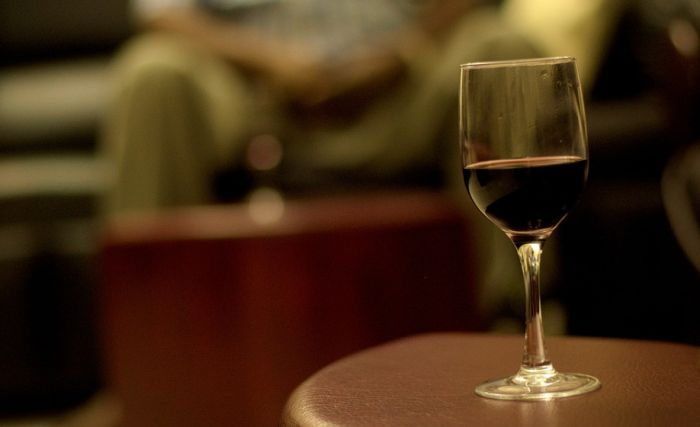 Alkoholičar ste čak i ako samo volite da popijete