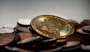 Novi rekord: Bitkoin vredi 12.600 dolara