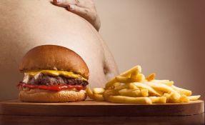 Da li želudac može pući od previše hrane?