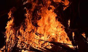 Izgoreo autobus kod Kraljeva, putnici uspeli da pobegnu