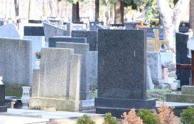 Meštani Čelareva sa grobova krali vaze