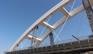 Vozovi preko Žeželja do aprila, sledi puštanje i drumskog saobraćaja