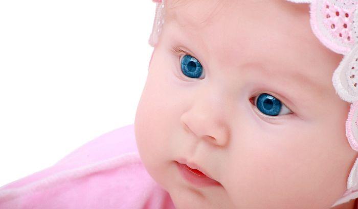Naučnici otkrili kako se razvija vid kod beba