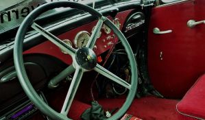 Dva tehnička pregleda godišnje za stare automobile