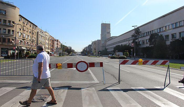 FOTO: Bulevar Mihajla Pupina kod Banovine zatvoren za saobraćaj