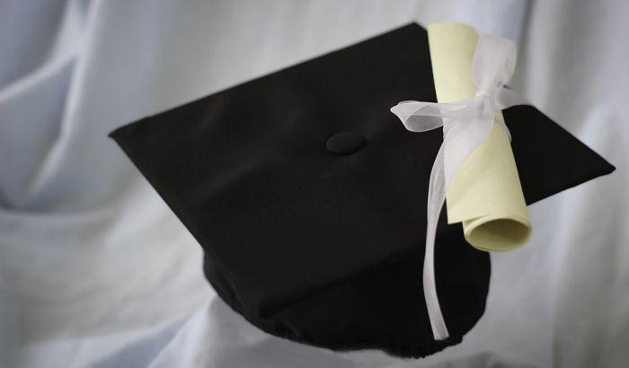 Ministarka podnela ostavku zbog sporne diplome