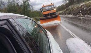 FOTO, VIDEO: Nevreme u Istri, grad uklanjali kamioni za čišćenje snega