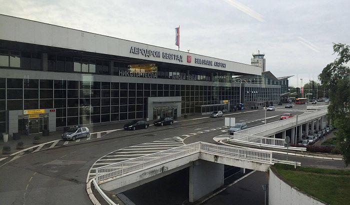 Avion nemačke kompanije prinudno sleteo u Beograd