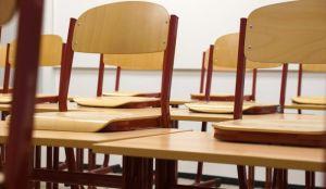 Nastavnicima sa zvanjem od sledeće godine veća plata