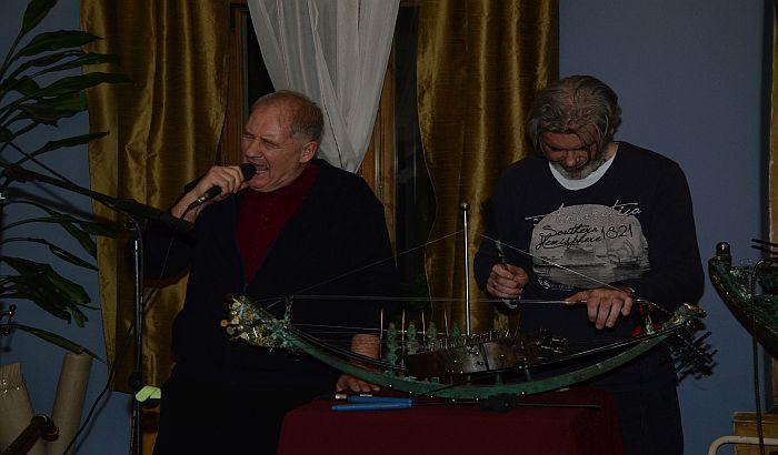 FOTO: Gužva na otvaranju izložbe i koncertu Vladimira Labata Rovnjeva