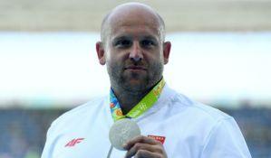 Prodao medalju iz Rija za pomoć bolesnom dečaku