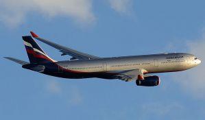 Žena iz Srbije preminula na letu za Moskvu