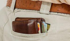 FOTO: Za izgubljen novčanik pre 14 godina, javili mu putem fejsbuka