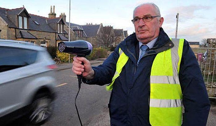 Protiv bahatih vozača se bore fenom za kosu