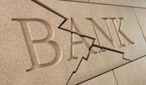 Banke više zaradile, a delile otkaze