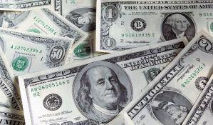 Dolar se skoro izjednačio sa evrom